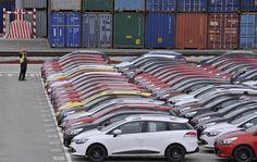 اتحاد المصدرين: صادرات تركيا ترتفع 15.8% في مايو إلى 12.47 مليار دولار -                     Reuters. اتحاد المصدرين: صادرات تركيا ترتفع 15.8% في مايو إلى 12.47 مليار دولار                           أنقرة (رويترز)  قال اتحاد المصدرين في تركيا يوم الخميس إن الصادرات التركية ارتفعت 15.8 بالمئة على أساس سنوي في مايو أيار لتصل إلى 12.47 مليار دولار. وينشر الاتحاد أرقامه قبل شهر تقريبا من البيانات الرسمية التي تصدر من معهد الاحصاءات التركي. وقال وزير الاقتصاد نهاد زيبكجي إنه يتوقع أن الصادرات…