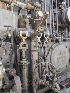 Atlas Imperial (Oakland, CA) Diesel Engine (Marine) - this is possibly one from the (the company ceased trading in the These are things of beauty, bu not exactly environmentally friendly. I wonder if my Dad ever came across any in his Naval days.