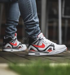 Y así Largo trompeta  80 Sneakers: Nike Air Tech Challenge ideas | nike air, nike, sneakers