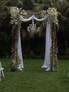 new Ideas for backyard wedding decorations ceremony backdrop hanging flowers Wedding Arbors, Wedding Arch Rustic, Diy Wedding, Wedding Ceremony, Wedding Venues, Wedding Flowers, Dream Wedding, Wedding Day, Trendy Wedding