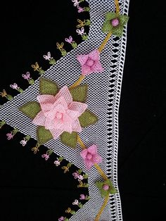 This Pin was discovered by Ays Viking Tattoo Design, Viking Tattoos, Filet Crochet, Knit Crochet, Uñas Diy, Sunflower Tattoo Design, Point Lace, Needle Lace, Homemade Beauty Products