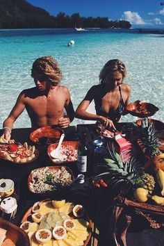 Here's how to get the most out of your vacation. Whether you're skiing in Park City, surfing in Hawaii, or beachside in Cabo, we have some MUST see travel tips..