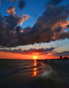 Siesta Key Beach Sunset | Florida (by Allan Mitchell)
