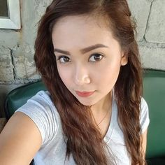 Filipina Girls, Instagram