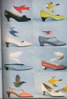 ana_lee: Vintage pattern books Source by heatherjakusz shoes 60s And 70s Fashion, Look Fashion, Retro Fashion, Vintage Fashion, Sporty Fashion, Ski Fashion, Victorian Fashion, Mode Vintage, Vintage Shoes