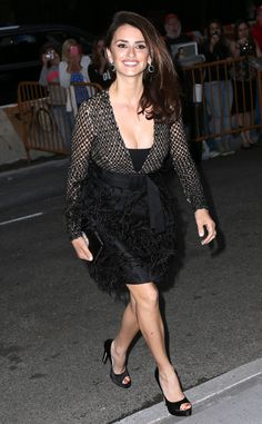 Penelope Cruz from The Big Picture: Today's Hot Pics  Pretty Penelope! The actress looks glamorous as she arrivesto the screening of Ma Ma in New York City.