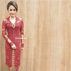 Vera Kebaya, Kebaya Lace, Kebaya Brokat, Kebaya Dress, Batik Kebaya, Blouse Batik, Batik Dress, Lace Dress, Kebaya Simple