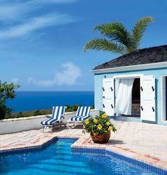 30 Dreamy Poolside Spaces     These awe-inspiring poolside spaces will help you cool down when the weather won't. Carribean Dream     Little decor is needed to brighten up this poolside patio -- just simple, striped lounge chairs and a potted hibiscus make a big statement.