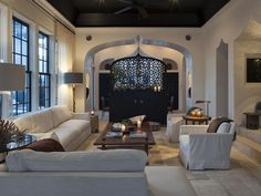 Alys Beach House Tour - Design Chic #TheBeach #LivingRoomIdeas #HomeDecorators