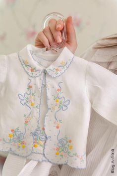 Baby Dress Patterns, Sewing Patterns For Kids, Sewing For Kids, Baby Sewing, Sewing Kids Clothes, Clothes Crafts, Baby Embroidery, Embroidery Fashion, Toddler Fashion