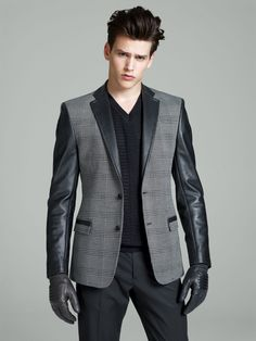 Simon Van Meervenne is a Slick Vision for Versaces Fall/Winter 2012 Collection image simon van meervenne versace fall winter 2012 014 Leather Fashion, Leather Men, Mens Fashion, Leather Jackets, Well Dressed Men, Sharp Dressed Man, Simon Van Meervenne, Male Models, Dapper