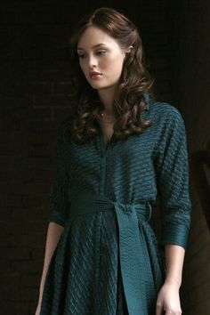1x4 Bad News Blair - Blair Waldorf (Catherine Malandrino Diagonal Silk Jacquard Dress).