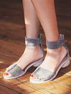 JEFFREY CAMPBELL MODERNIST SANDAL