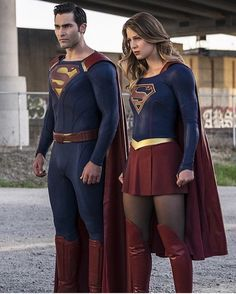 So what did everybody think of the Season 2 premiere of #Supergirl last night? Personally I enjoyed it. I thought it kept the same fun light-hearted tone of the fort season. I like the introduction of John Corbin and where that's going. And the big one - I thought #TylerHoechlin was great as #Superman. He was even better as #ClarkKent!  I loved - LOVED - the nods to the original #ChristopherReeve movies and that this seems to be set in that same universe! It was an #80sKids dream come true…