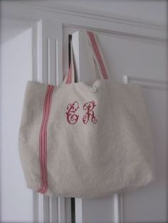 Chez Zéphirine - Page 8 - Chez Zéphirine Hemp Fabric, Fabric Bags, Sacs Tote Bags, Reusable Tote Bags, Sac Vanessa Bruno, Cross Stitch Alphabet, Handmade Purses, Linen Bag, Purse Patterns