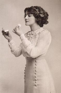 Miss Lily Elsie - perfect example of skirt + waist combo I'm thinking for our 1912 tea