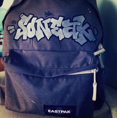 Customed by soneak_oner on Instagram #Eastpak #backpack #rucksack #DIY