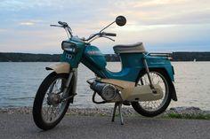 "Pappa-Tunturi (""Grandpa Tunturi"") Motor Scooters, Mopeds, Honda Cb, Old Toys, Design Thinking, Original Image, Childhood Memories, Classic Cars, Nostalgia"