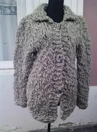 tejidos en lana artesanal - Buscar con Google Mis primeros tejidos. Qué emoción encontrarlos en google