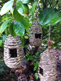 3 lot natural Woven wicker hanging Birdhouse bird nest house nesting hut basket