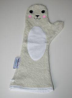 Baby Shower Glove Babys, Christmas Stockings, Gloves, Baby Shower, Holiday Decor, Home Decor, Shower, Babies, Needlepoint Christmas Stockings