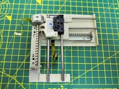 Mini CNC Laser Wood Engraver and Laser Paper Cutter. : 18 Steps (with Pictures) - Instructables Diy Lathe, Diy Cnc, Arduino Projects, Electronics Projects, Electronics Basics, Laser Printer, Inkjet Printer, 3d Laser, Laser Paper