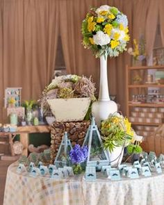 Google Image Result for http://mommayoungmedia.com/wp-content/uploads/2012/03/Country-chic-Baby-Shower.jpg