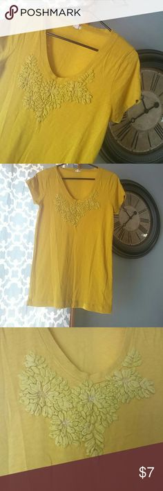 SALE J. Crew Factory EMBROIDERED SPRAY GALLERY TEE Cozy tee in yellow with pretty accents! Gently used, in great condition with no stains, holes or rips! All of my items come from a clean, smoke-free home! Save when you bundle! Please let me know if you have any questions! J. Crew Factory Tops Tees - Short Sleeve