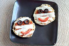 Edible Halloween crafts - Mini mummy pizzas