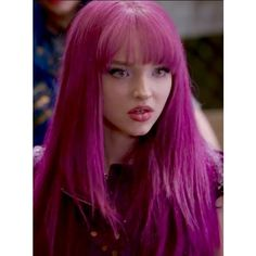 I love her hair color ❤ liked on Polyvore featuring beauty products, haircare and hair color Dove Cameron Descendants, Descendants Wicked World, Disney Channel Descendants, Descendants Cast, Dave Cameron, Mal And Evie, Purple Hair, Queen, Her Hair