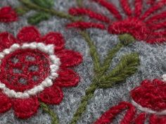 Swedish wool embroidery. Image from a publication by The Swedish National Crafts Association. | Brodera ylle. Svensk Slöjd/Hemslöjdens förlag. 2011-11