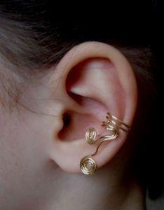 Hey, I found this really awesome Etsy listing at https://www.etsy.com/listing/126416975/no-ear-piercing-ear-cuff-waves