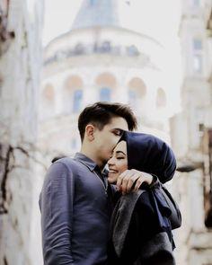 "Fan KüBaT (@kubatlove) on Instagram: ♥️ @kkubra.bbatuhan #kübat"" Cute Muslim Couples, Cute Couples Goals, Romantic Couples, Wedding Couples, Couple Goals, Married Couples, Wedding Pics, Wedding Dresses, Cute Love Couple"