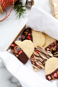These vegan shortbread cookies are delightfully delicious and perfect for any occasion. These vegan shortbread cookies are delightfully delicious and perfect for any occasion. Vegan Shortbread, Shortbread Cookies, Vegan Treats, Vegan Foods, Vegan Dessert Recipes, Cookie Recipes, Vegan Cookie Recipe, Vegan Sugar Cookies, Vegan Biscuits