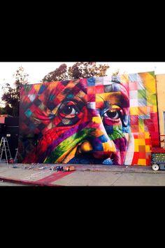 Eduardo kobra novo mural em Los Angeles