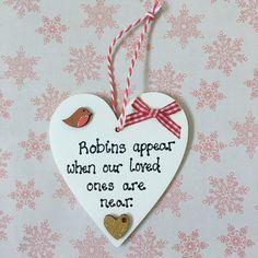 Robins appear when our loved ones are near heart http://etsy.me/2CI73WT #housewares #homedecor #living #christmas #robin #bereavement #inmemory #festive #heartdecoration #etsyuk #etsy