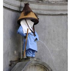 Manneken Pis: costumes worn by the statue of the urinating toddler in Brussels