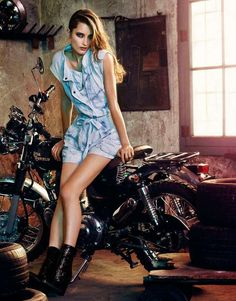 36 Exquisite Biking Photoshoots - From Motorcycle-Riding Lookbooks to Chic City Cycling Captures (CLUSTER)