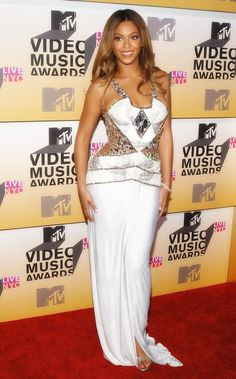 Find More Celebrity-Inspired Dresses Information about Unique design halter crystal sequined white see through long sheath women Beyonce red carpet celebrity dresses,High Quality celebrity mini dress,China celebrity dresses gowns Suppliers, Cheap dress sleeveless from Sofie Garment Co.,Ltd on Aliexpress.com
