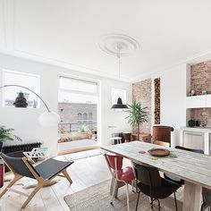 A restored apartment in The Hague by Global Architects