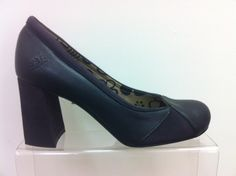 1 Fly London Ceci - B - Fly London from Portugal. Gorgeous court shoe with heel height. Available in Teal/Black and Black/Deep Purple. Tango Shoes, High Heels, Shoes Heels, Fly London, Court Shoes, Deep Purple, Shoes Online, Portugal, Peep Toe
