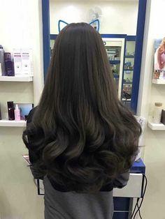 Beautiful Long Hair, Gorgeous Hair, Mode Emo, Curly Hair Styles, Natural Hair Styles, Aesthetic Hair, Dream Hair, Dark Hair, Pretty Hairstyles