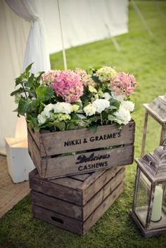 vintage crates Vintage Wedding Centerpieces, Wedding Decorations, Bridesmaid Flowers, Wedding Flowers, Bridesmaids, Crate Decor, Vintage Crates, Wedding Boxes, Wedding Ideas