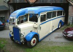 Alexander & Sons - The Single Deckers W.Alexander & Sons - The Single Deckers Classic Trucks, Classic Cars, Tour Bus, Automobile, Bus Coach, Unique Cars, Busses, Limousine, Vintage Trucks
