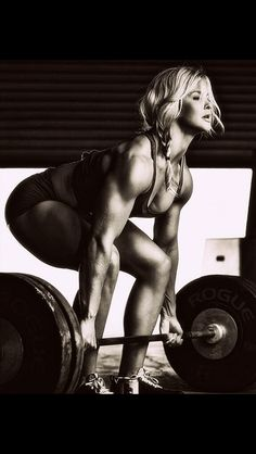 Ladies....lifting does NOT make you bulky it makes you even more BEAUTIFUL!
