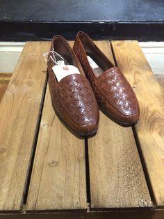 Brown slip ons Men Dress, Dress Shoes, Loafers Men, Vintage Shops, Oxford Shoes, Slip On, Brown, Shopping, Fashion
