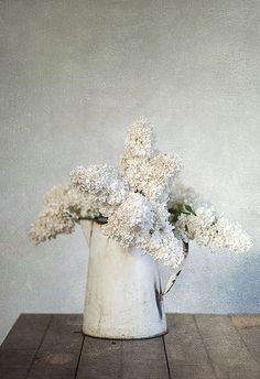 White lilac in jug #rustic #floral #spring