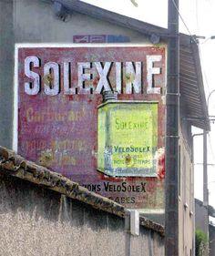 Solexine ghost sign