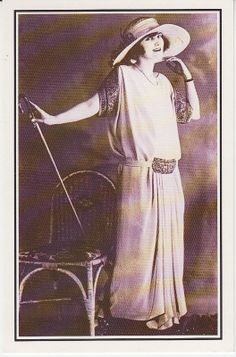 Based in Denmark, supplying the world with collectable books and postcards 1920s, Postcards, Going Out, Nostalgia, Walking, Elegant, Fashion, Classy, Moda