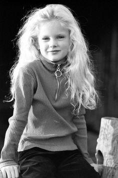 santa baby taylor swift | Young-Taylor-taylor-swift-9251007-317-480.jpg